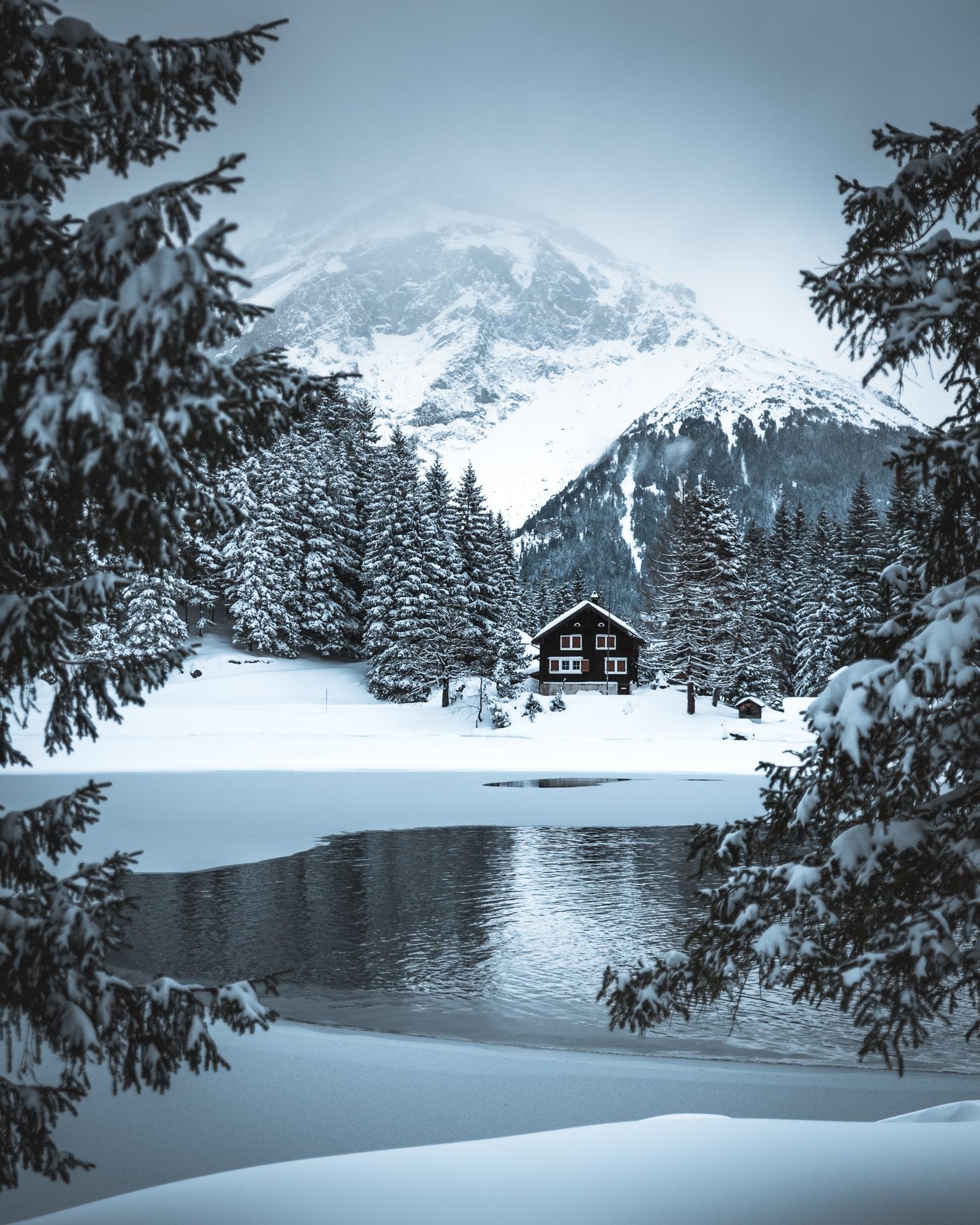 Arnisee Winter Schnee Hütte