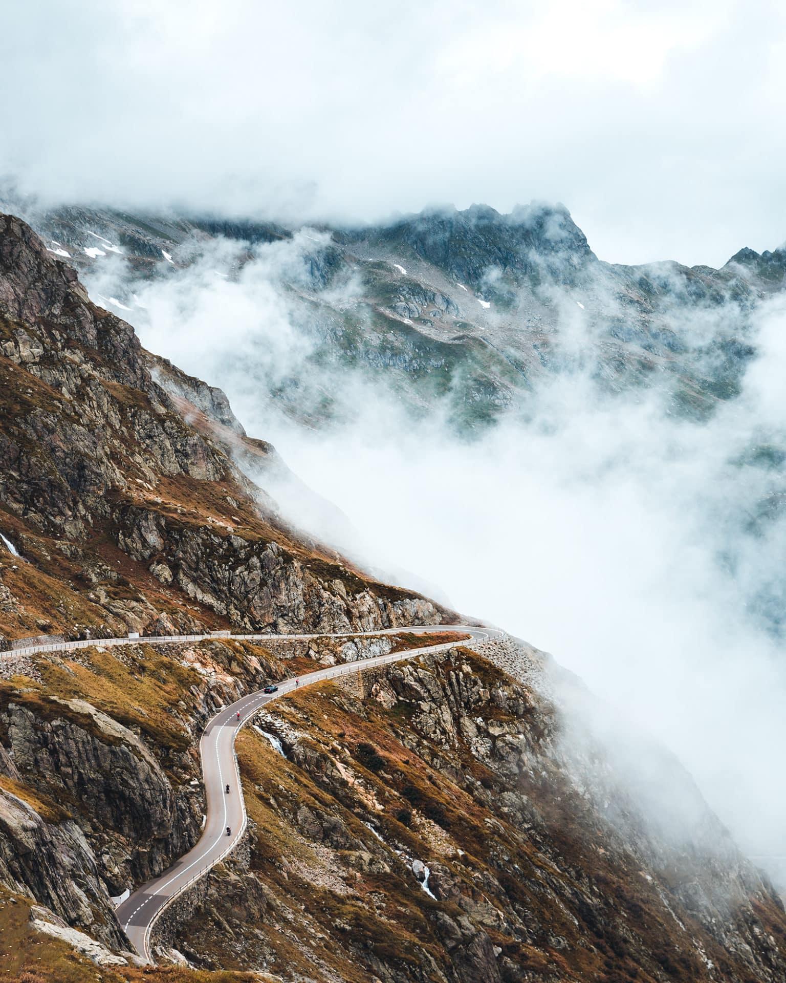 Sustenpass Strasse Wolken