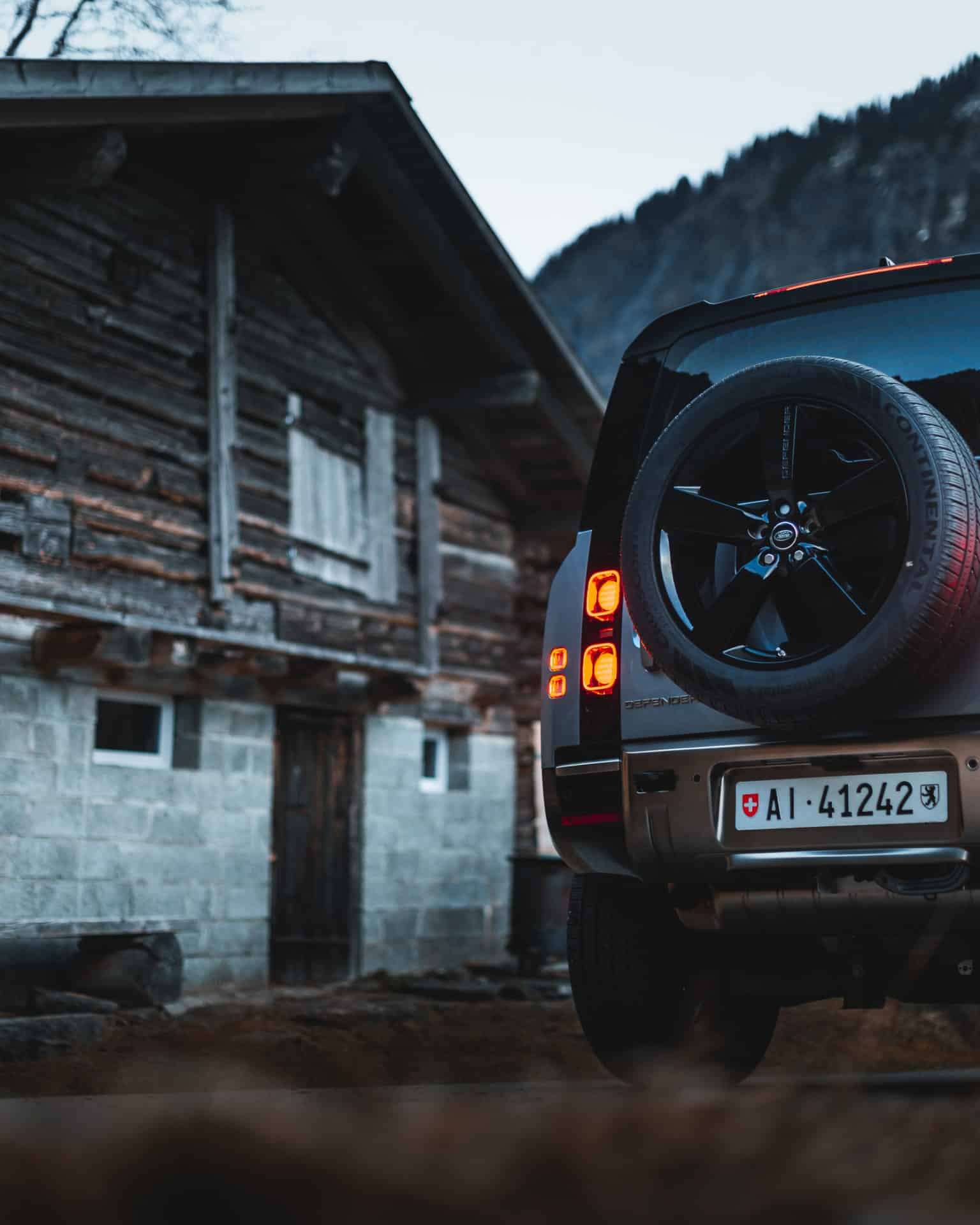 Land Rover Defender 2020 x Niels Oberson (5)