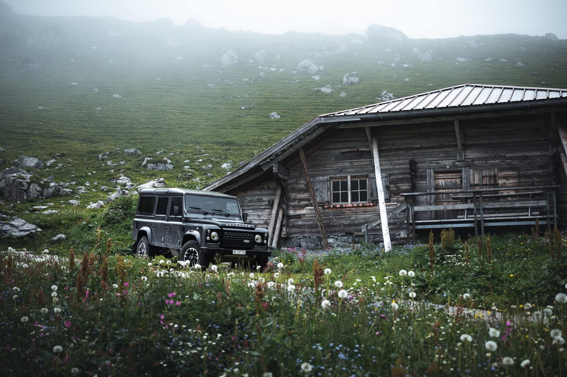 Land Rover Defender-10