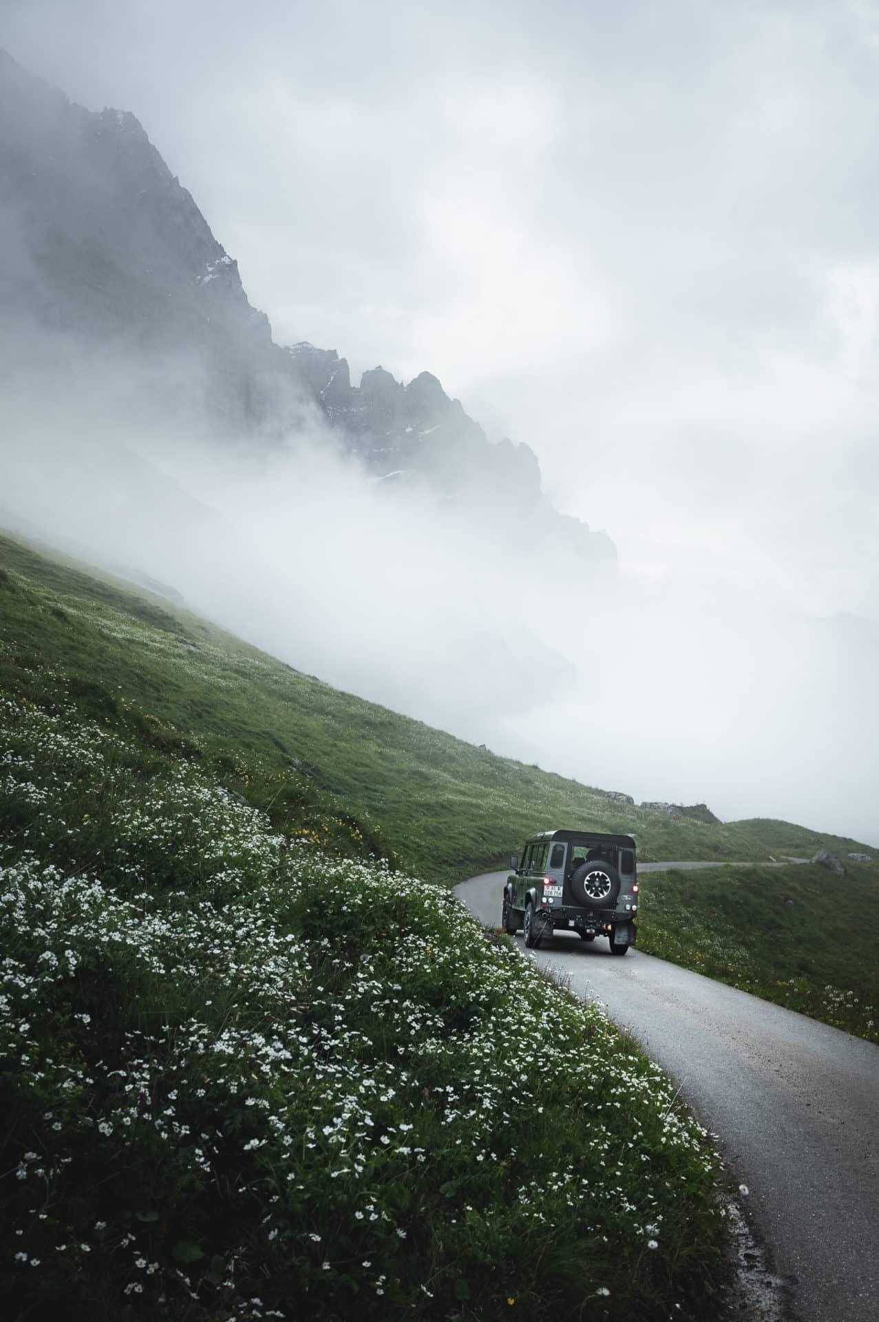 Land Rover Defender-12