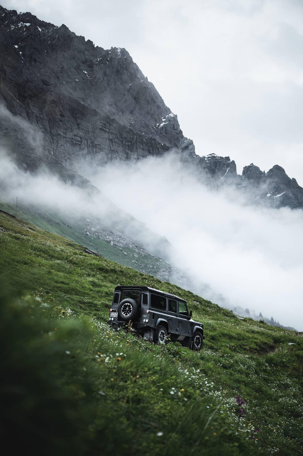 Land Rover Defender-13