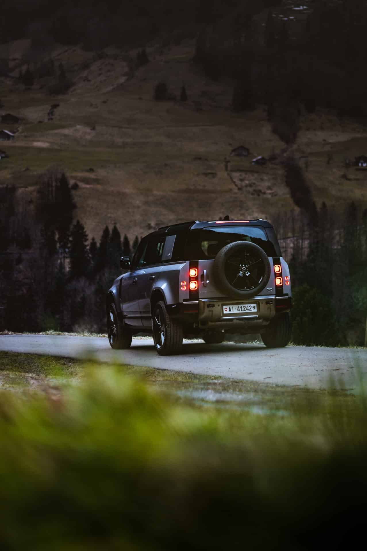 Land Rover Defender 2020 x Niels Oberson (6)