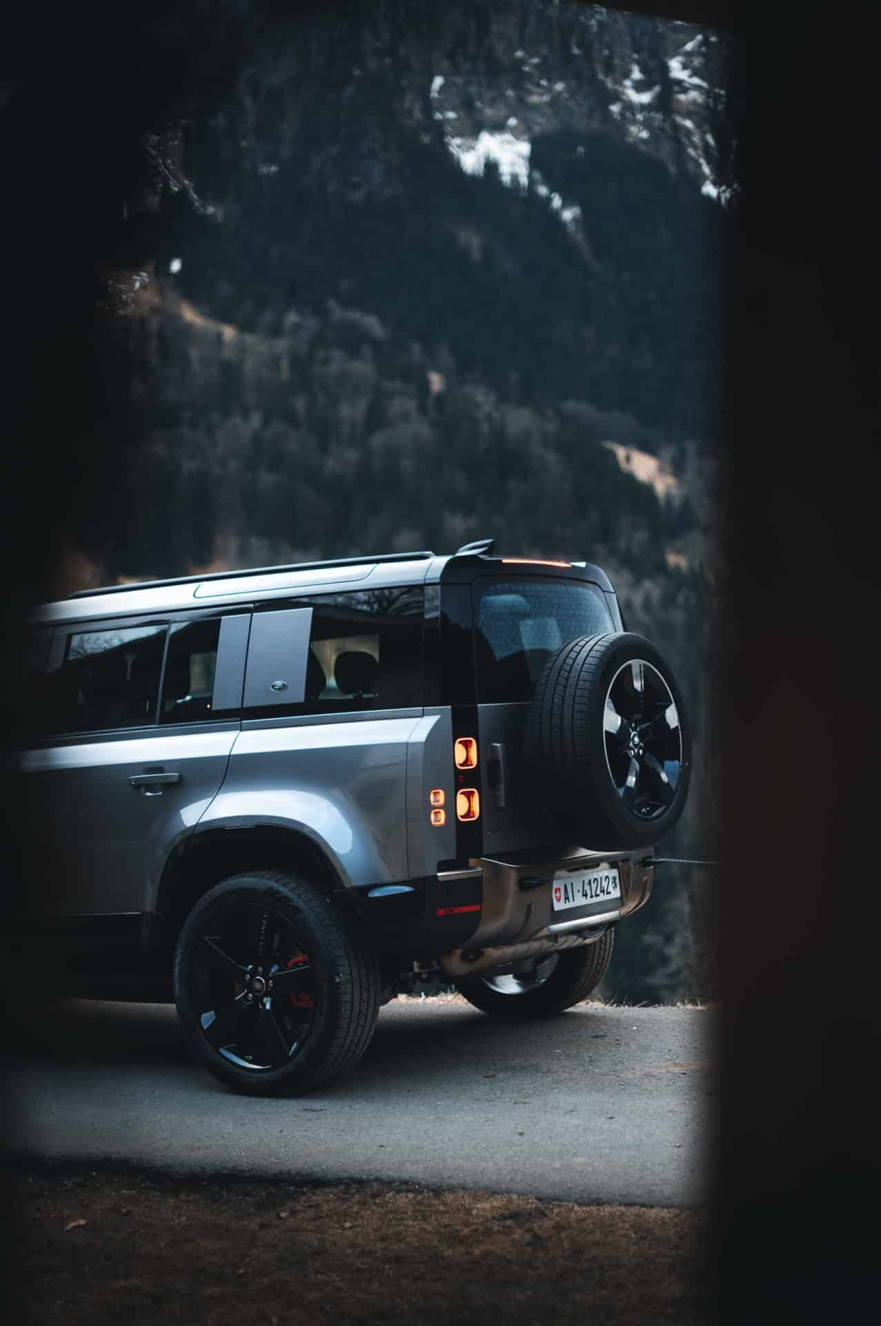 Land Rover Defender 2020 x Niels Oberson (7)