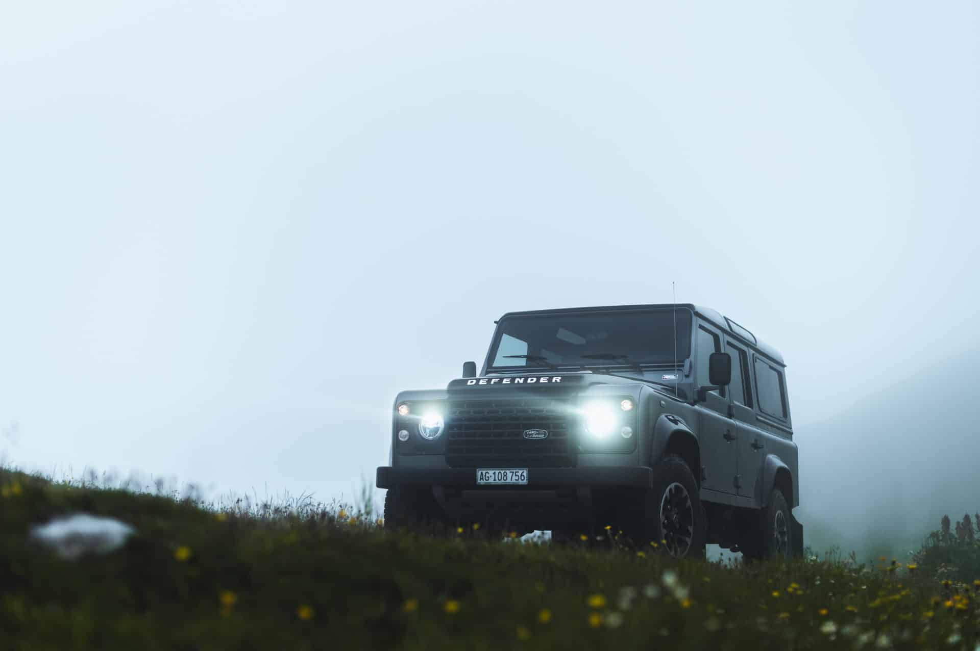 Land Rover Defender-1
