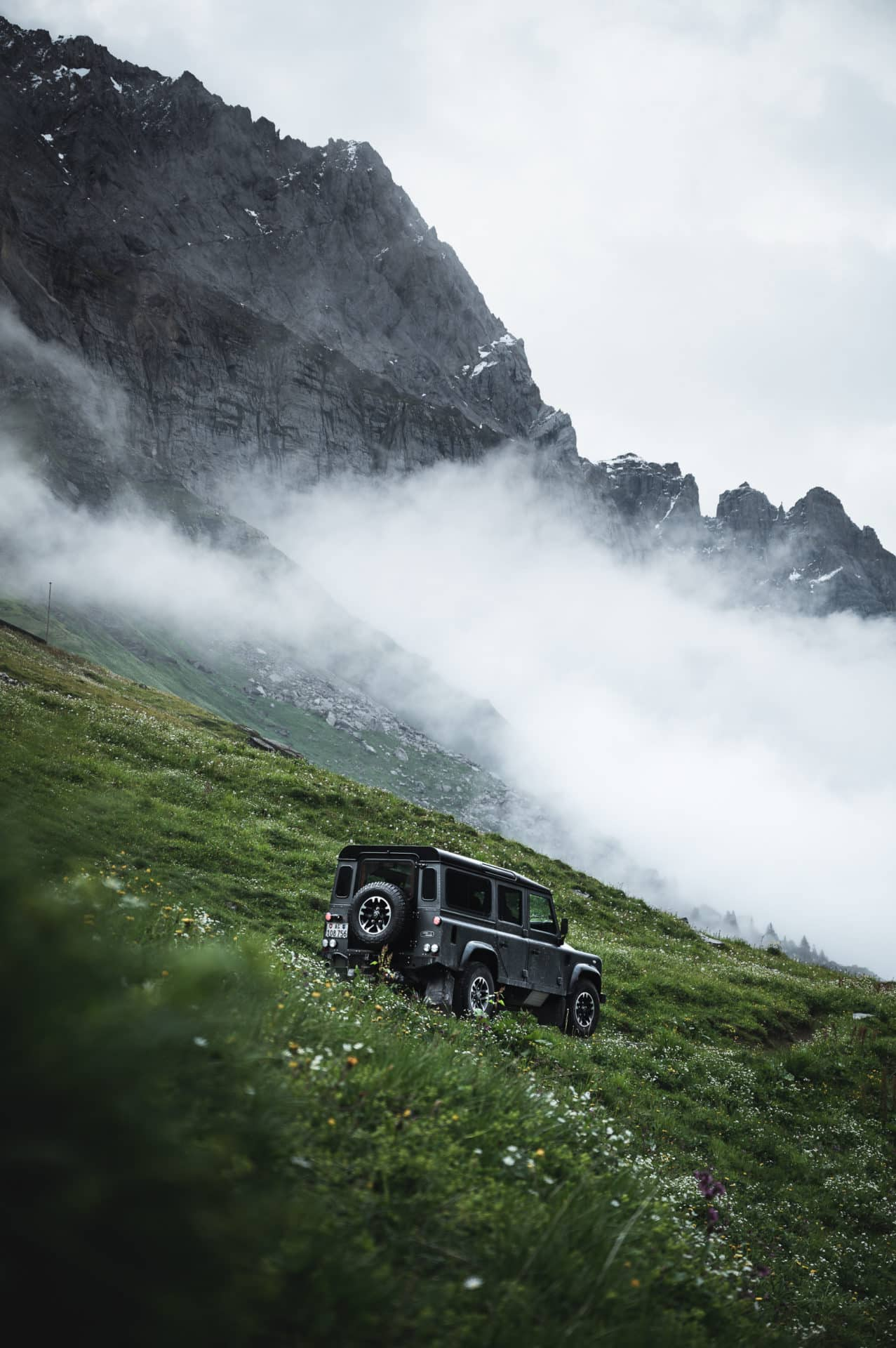 Land Rover Defender-13