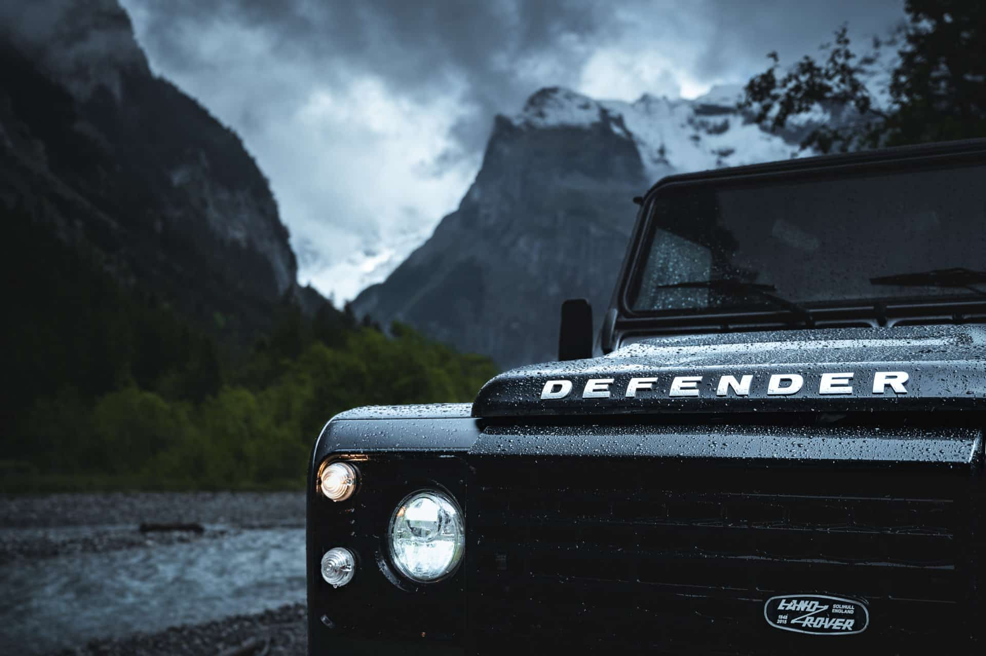 Land Rover Defender-2